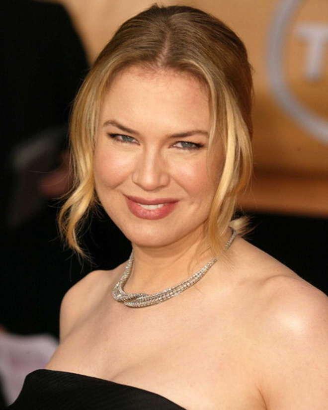 Renée Zellweger, l'attrice è irriconoscibile: troppi 'ritocchi' dal chirurgo plastico